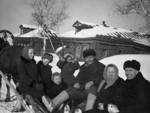 Фотографии из семейного альбома Мохова Владимира Евгеньевича..