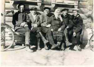 Фотографии из семейного альбома Рыбкиной Надежды Михайловны.....
