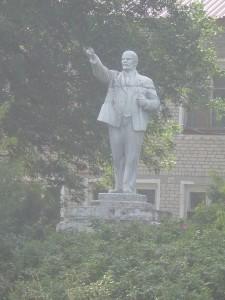 Памятник В.И.Ленину (уже история)
